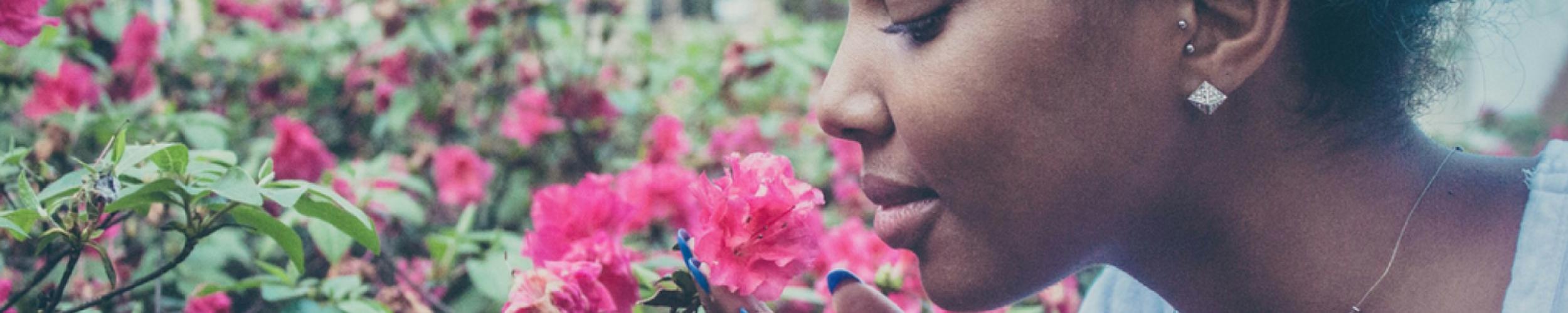 Wat is het verschil tussen parfum en natuurlijke geuren?