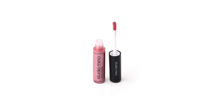 Liquid satin lipstick nude